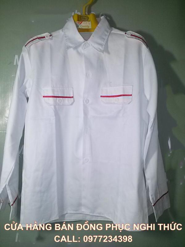 áo dài nghi thức đội